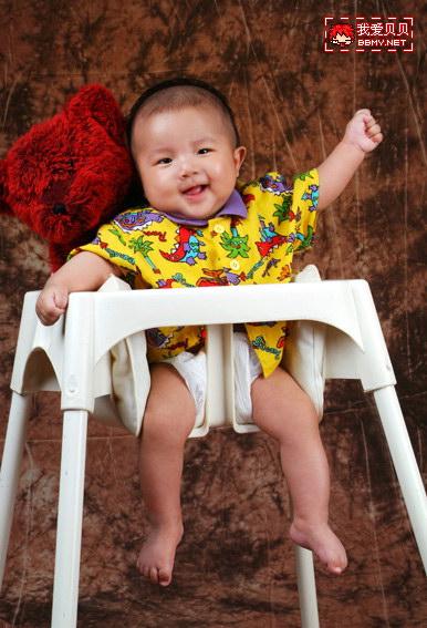 查看金东浩终于拿到宝宝百日照照片