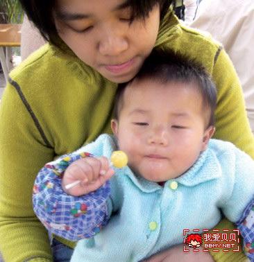 查看金东浩好吃的棒棒糖照片