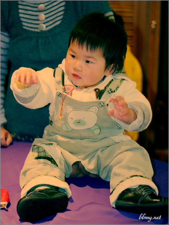 查看金东浩再发几张宝宝生日pp照片