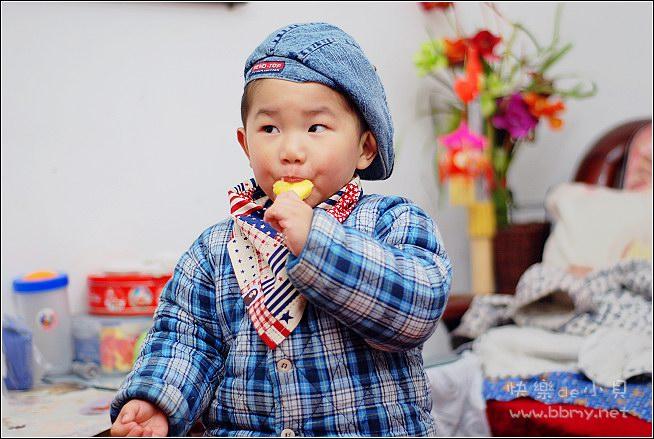 查看金东浩新买的口水巾照片