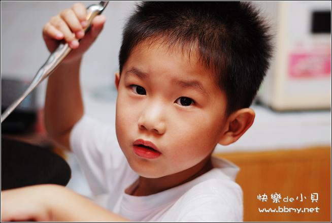 查看金东浩小厨师照片
