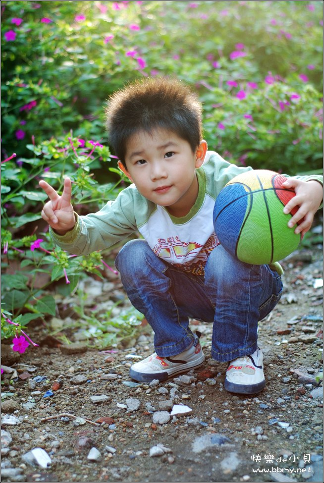 查看金东浩国庆长假一小花园照片