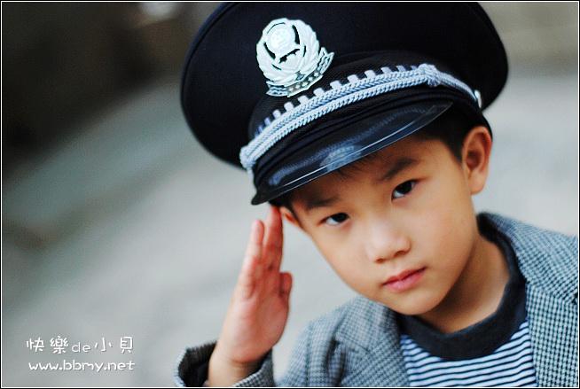 查看金东浩我们家的小保安照片